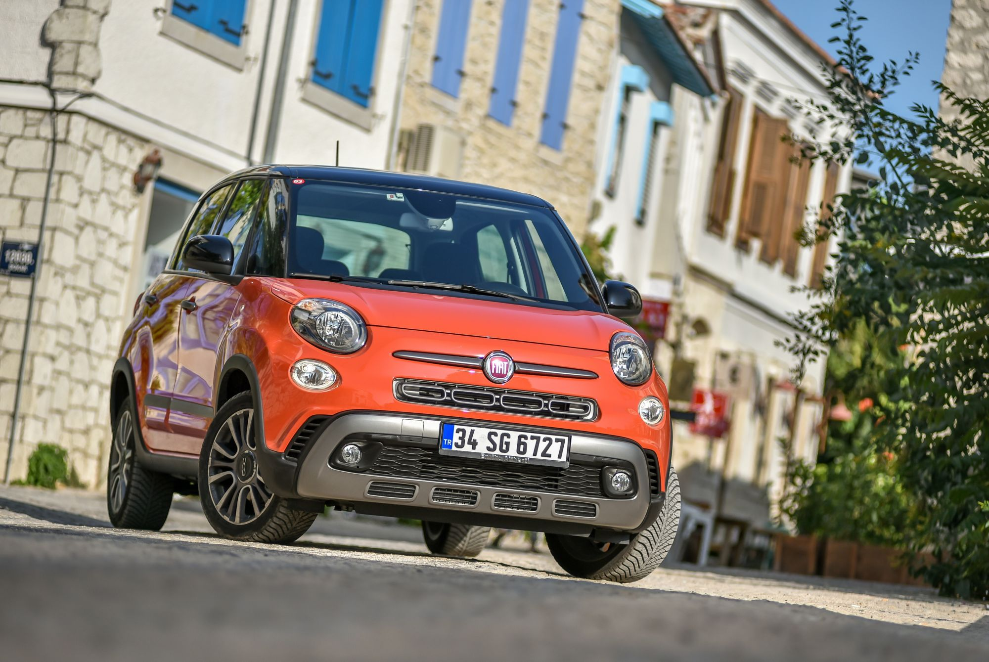 with fiat urban updated lounge test new cross and wagon versions launches