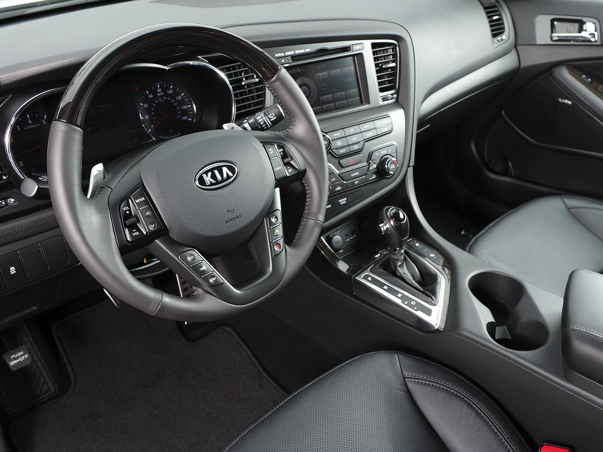 Kia Optima Sedan 4 Doors 2014 Model Interior  ...
