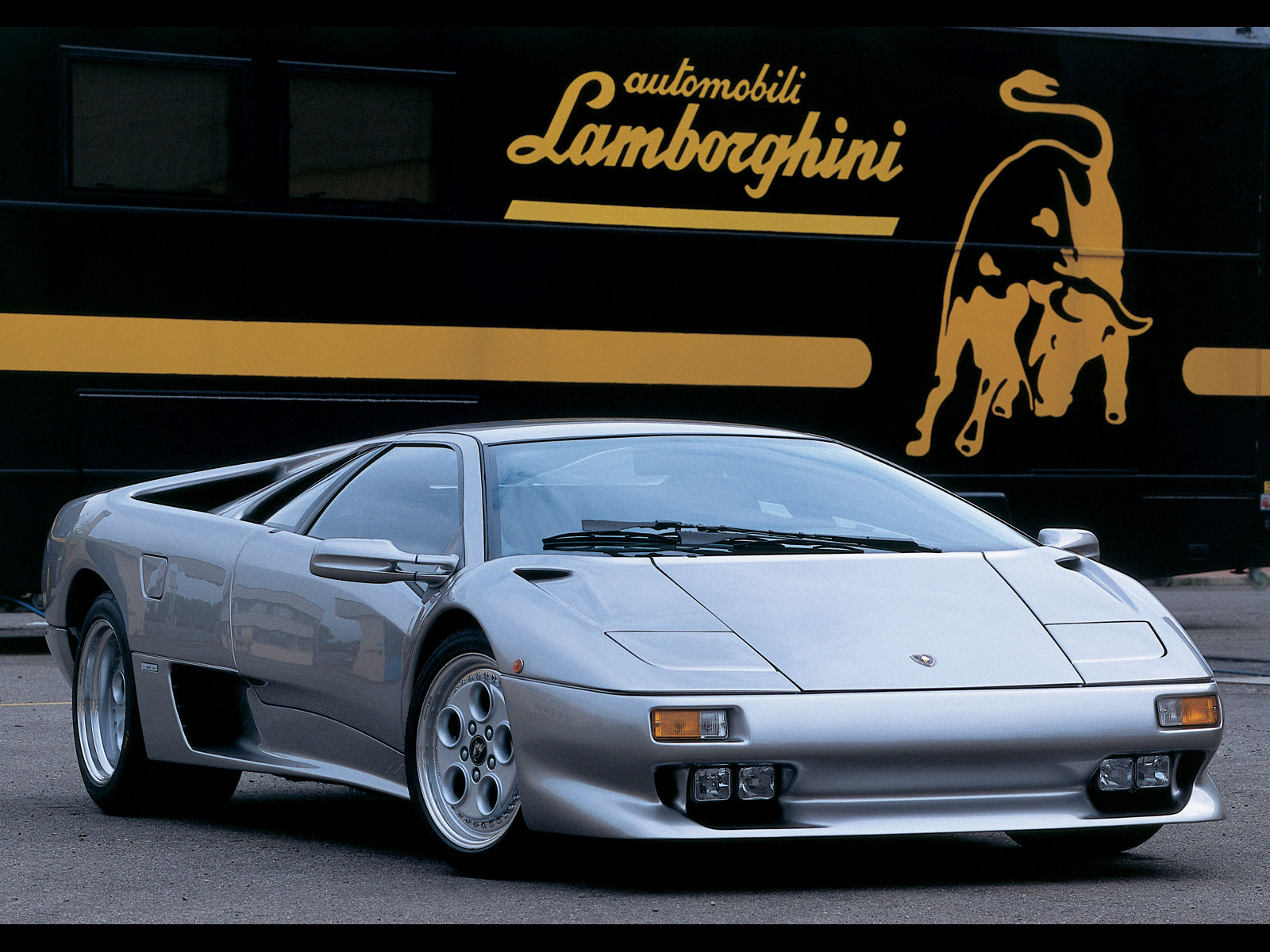 ... lamborghini-diablo-coupe-2-doors-1999-model-exterior- ... & lamborghini-diablo-coupe-2-doors-1999-model-exterior-photos-0.jpg