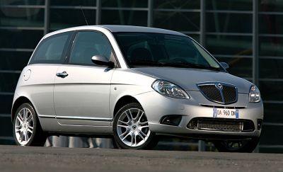 https://cdn.drivemag.net/jato_car_photos/LANCIA%2FYPSILON%2Fhatchback%2F3%2F2003%2Fexterior-photos/s/lancia-ypsilon-hatchback-3-doors-2003-model-exterior-photos-0.jpg