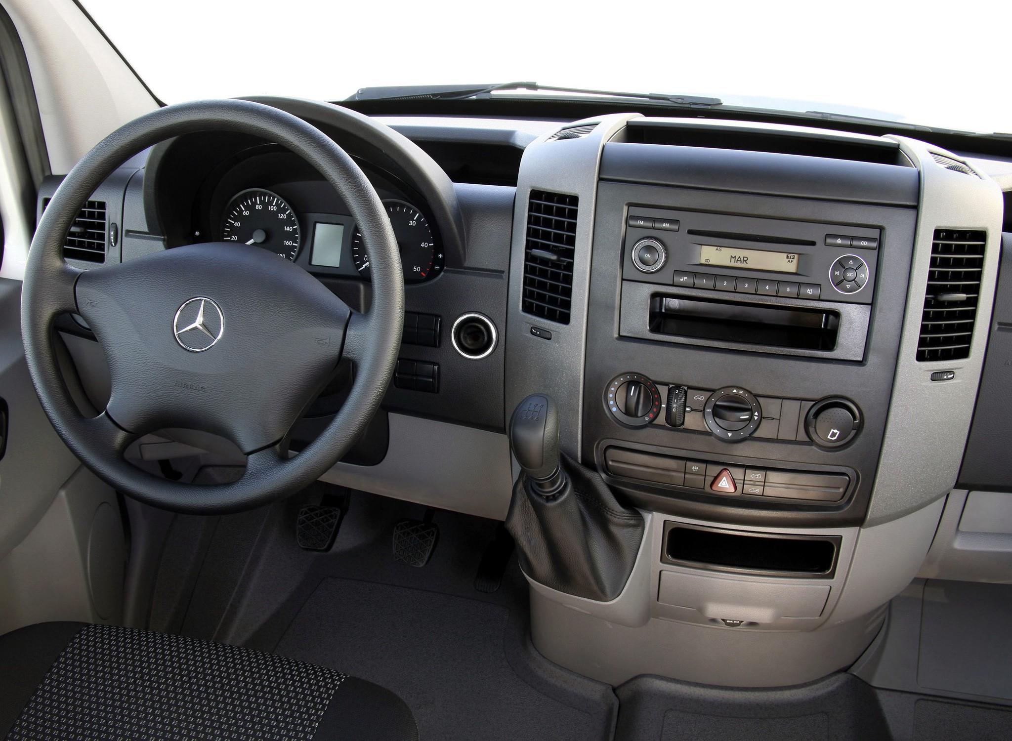 Mercedes Sprinter Cargo Van 4 Doors 2010 Model  ...