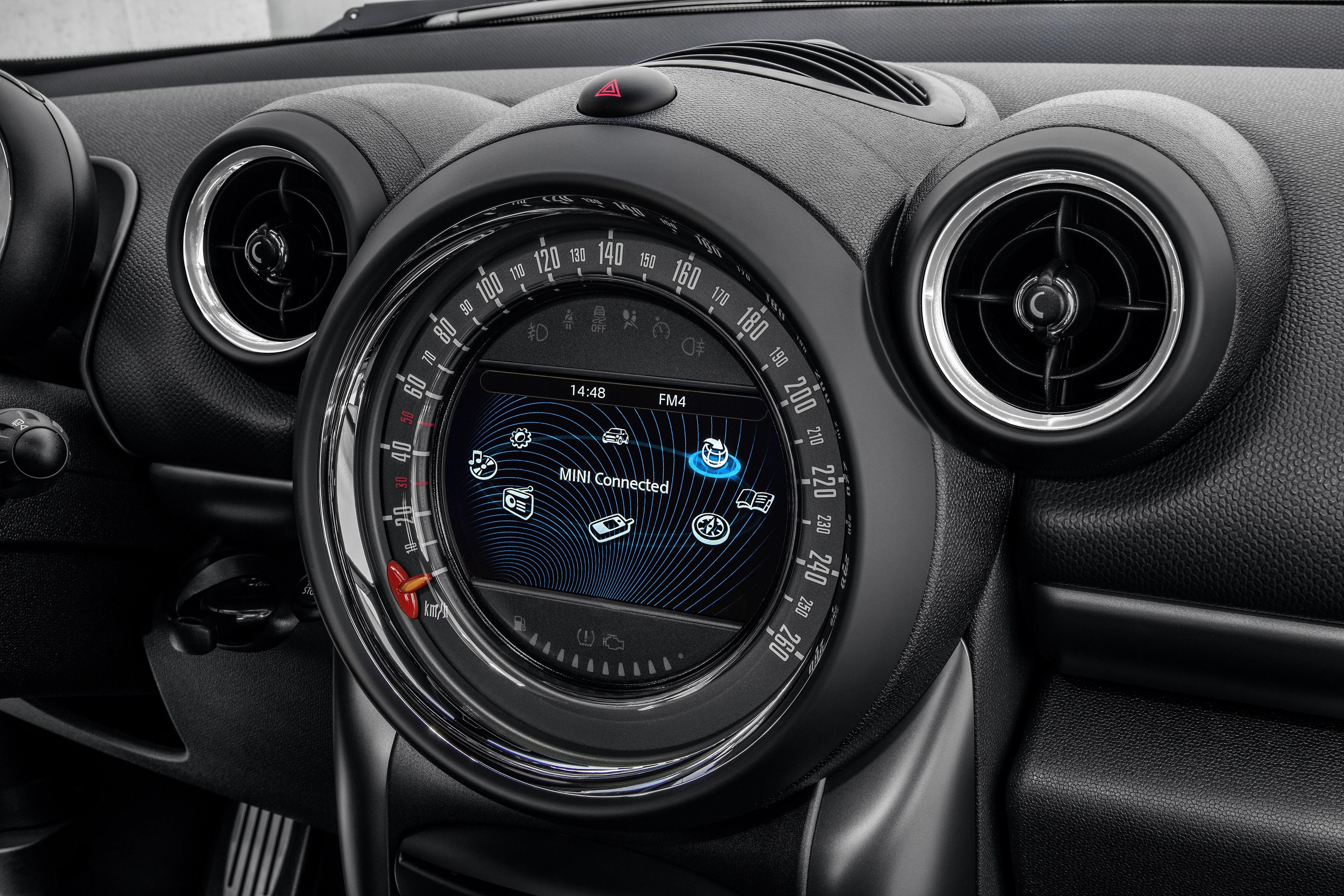 Mini Countryman Hatchback 5 Doors 2016 Model Interior