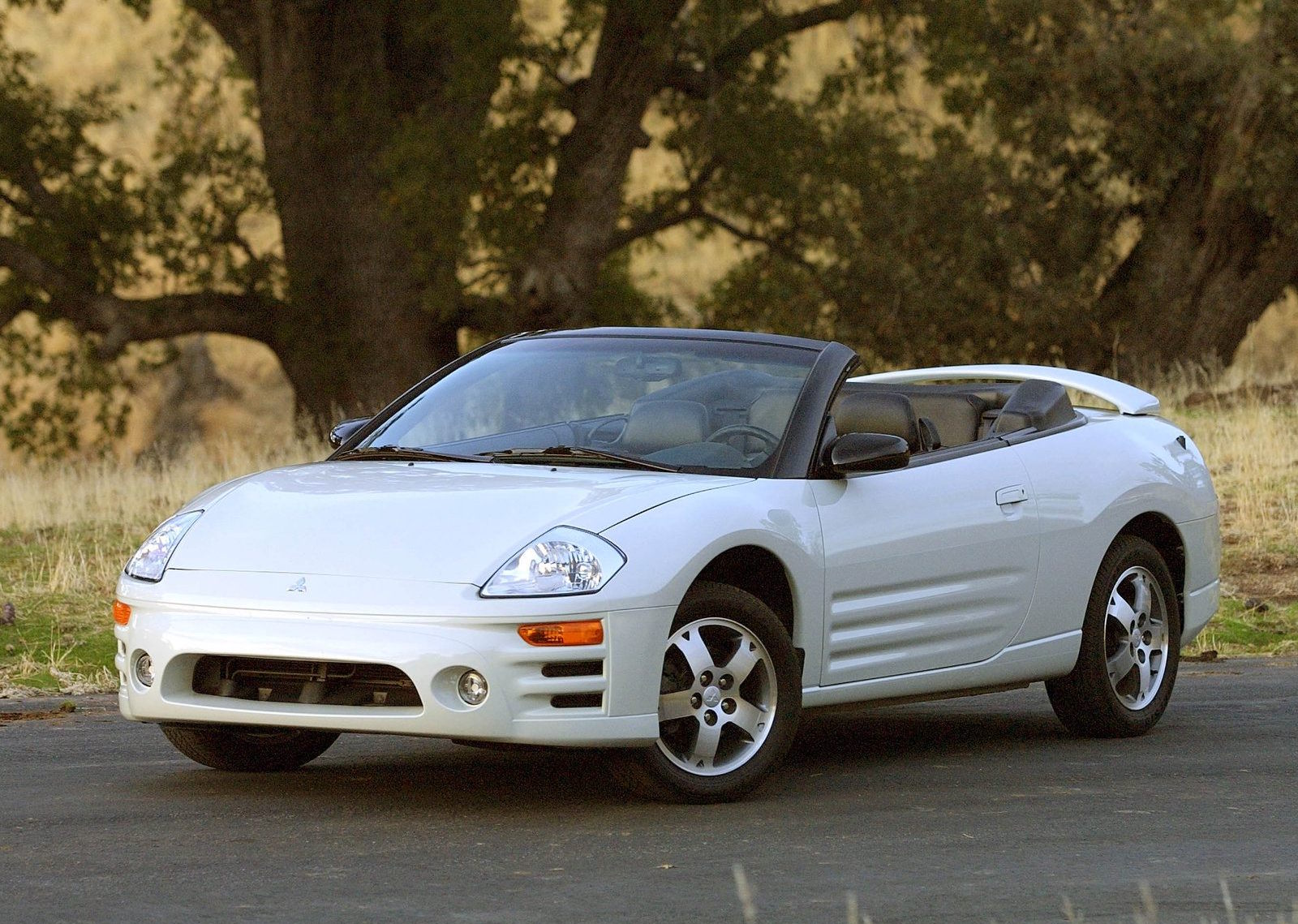 ... Mitsubishi Eclipse Spyder Convertible 2 Doors 2000 Model  ...