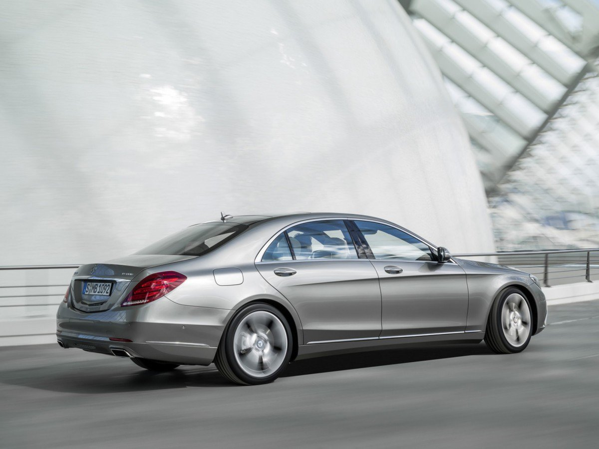 Mercedes benz s class w222 2013 present review for Mercedes benz problems