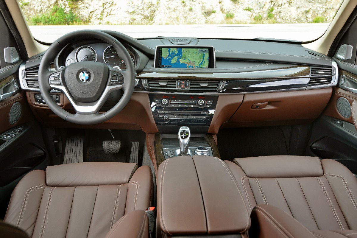 bmw x5 f15 2013 on review problems and specs. Black Bedroom Furniture Sets. Home Design Ideas