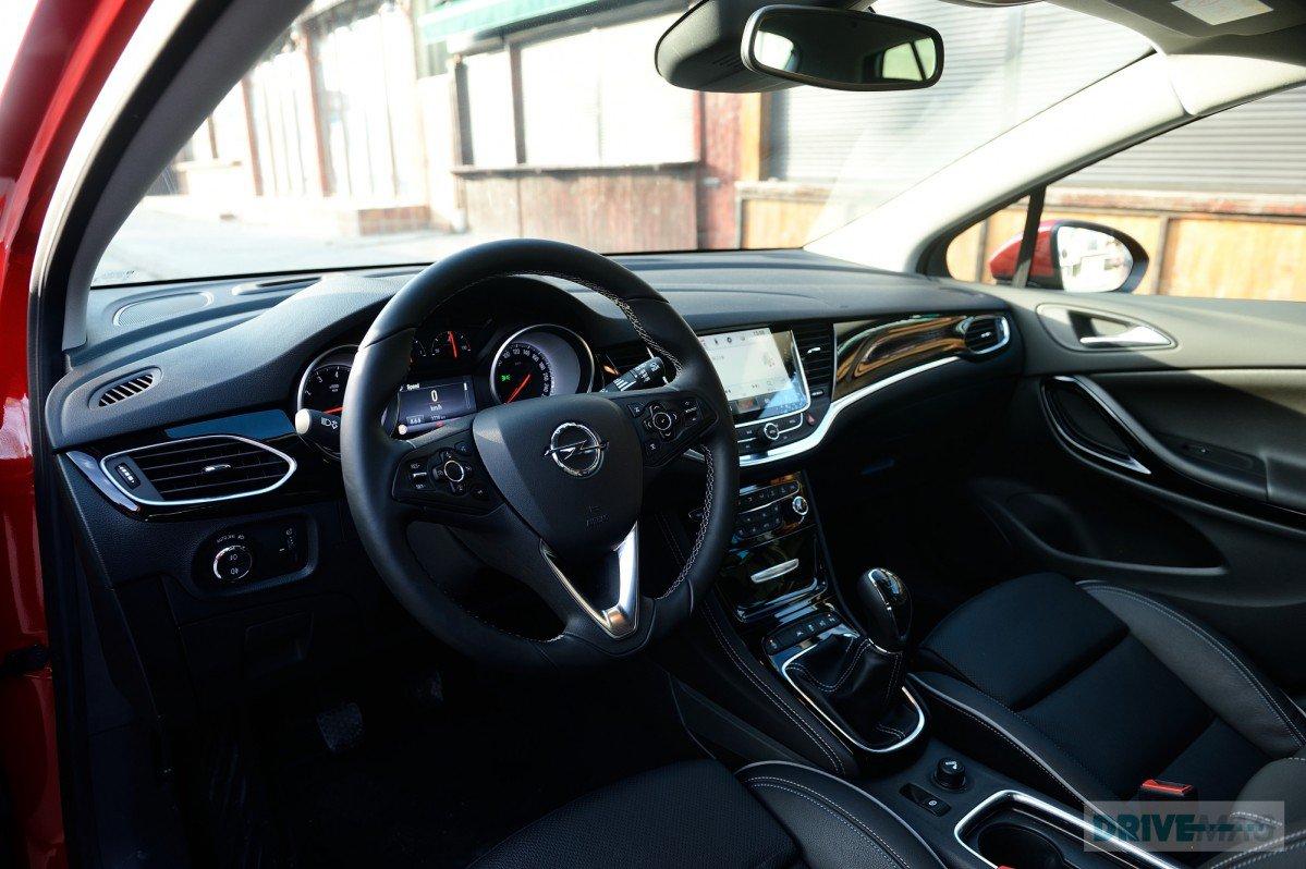 2015 Opel Astra K Test Drive: Making Headway