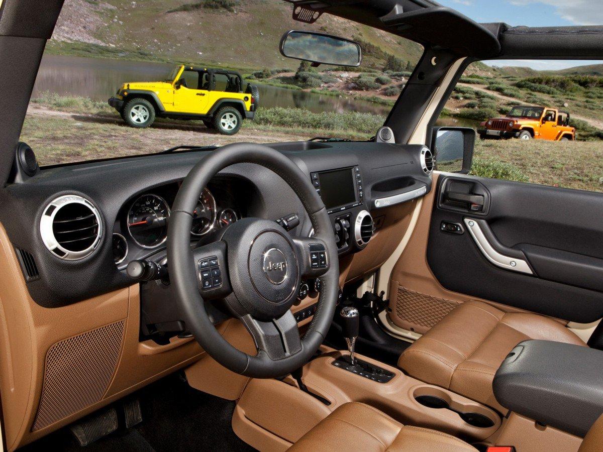 jeep wrangler jk 2007 present review problems specs rh drivemag com 2004 Jeep Grand Cherokee Transmission Diagram 2011 jeep wrangler automatic transmission problems