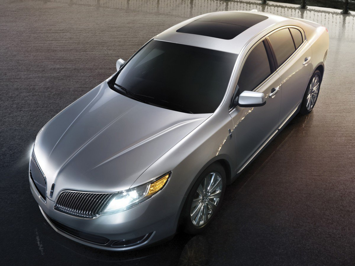 Lincoln MKS 20082016 Review Problems Specs