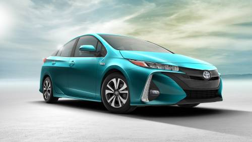 Toyota Prius Prime Greets New York with 120 MPGe and Tech Goodies