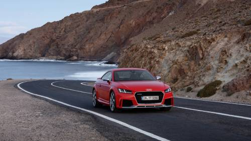 Audi TT RS Is a Small Car to Be Afraid of