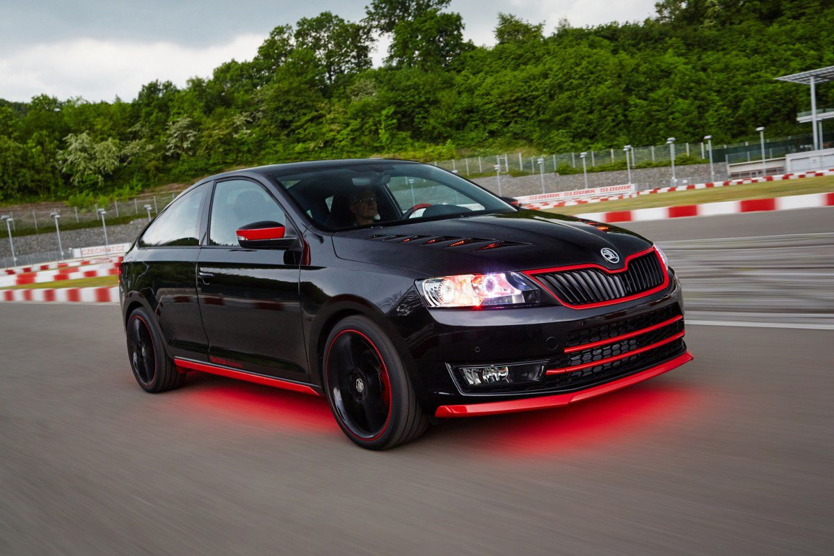 Skoda Apprentices Show Off Their Skills By Turning Rapid Spaceback In