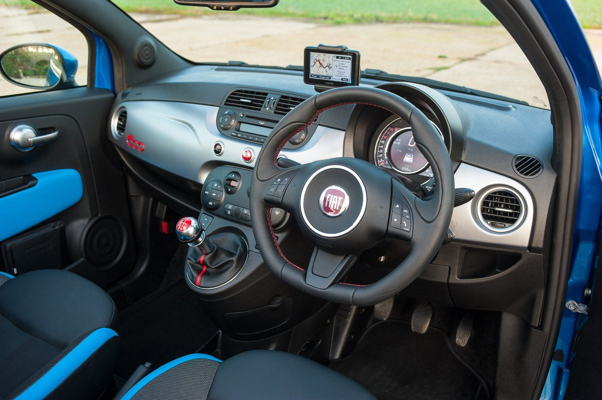 fiat 500 2007 present review problems specs. Black Bedroom Furniture Sets. Home Design Ideas