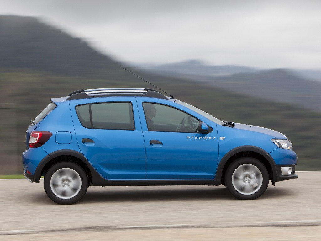 dacia sandero stepway 2013 review problems specs. Black Bedroom Furniture Sets. Home Design Ideas