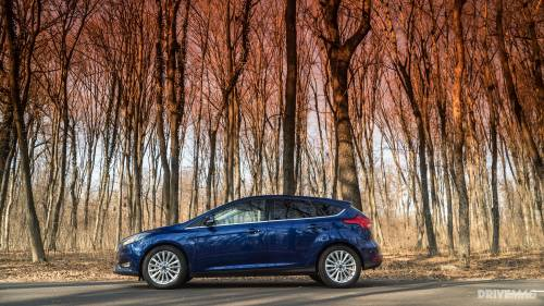 2016 Ford Focus 1.0 EcoBoost Test Drive: a Subtle Throttle-Happy Family Car