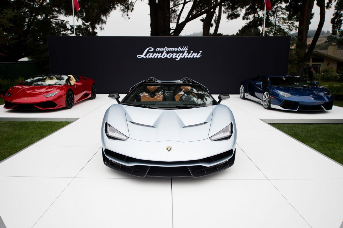 Lamborghini Centenario Roadster Looks Ready to Call the Paparazzi on...