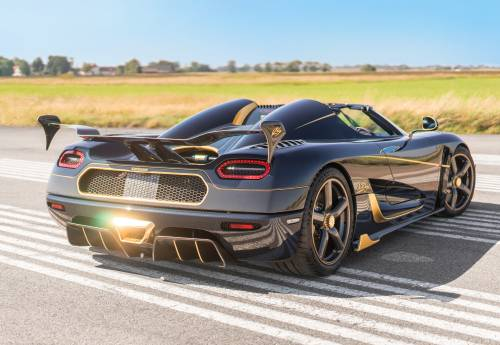 Customer-Ordered Koenigsegg Agera RS Naraya Is a Blue and Gold Jaw Dropper