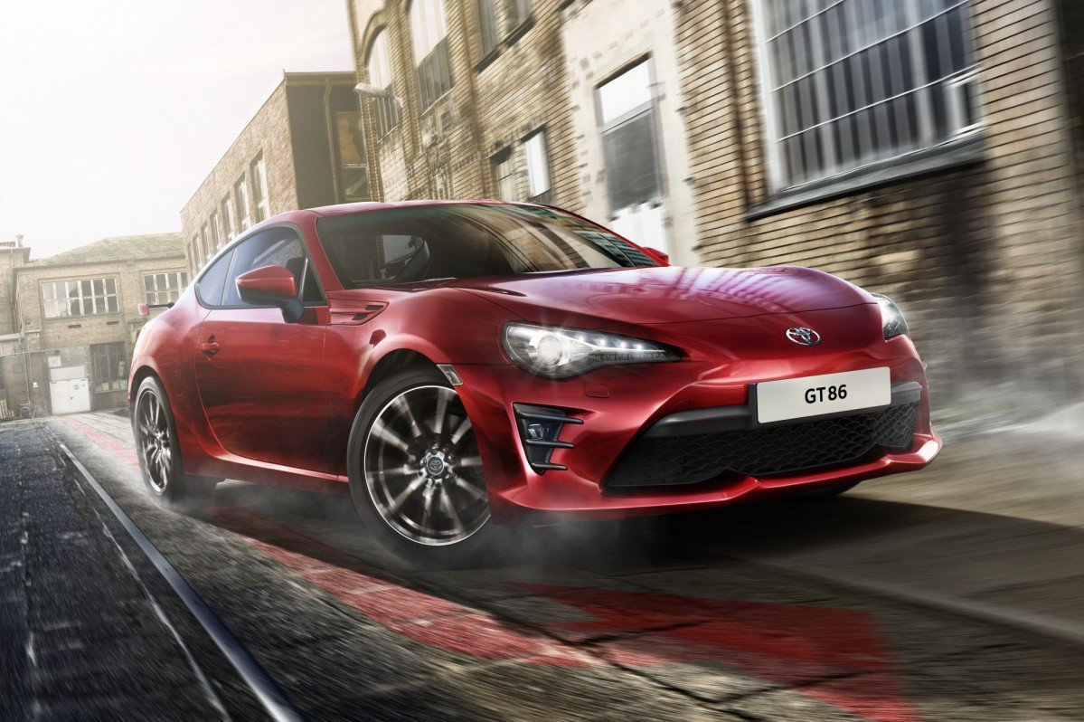 2017 toyota gt86 updated inside and out for europe gains. Black Bedroom Furniture Sets. Home Design Ideas
