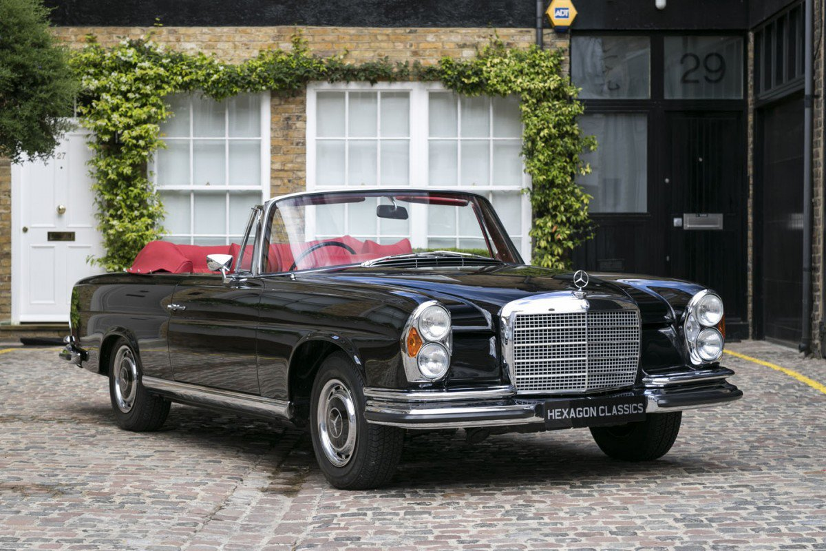 one of 68 rhd mercedes benz 280 se 3 5 cabriolet is up for. Black Bedroom Furniture Sets. Home Design Ideas