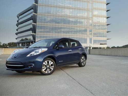 2016 Nissan Leaf S Sheds the 24 kWh Battery, Gets New 30 kWh Pack and Bumped Price