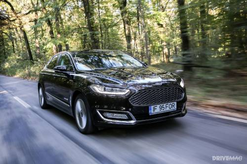 2015 Ford Mondeo Vignale 2.0 iVCT Hybrid Test Drive. Mixed Breed