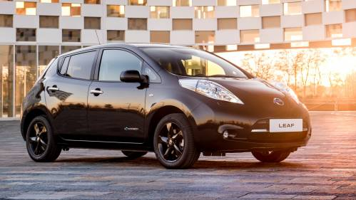 Nissan Leaf Tries the Dark Side with Limited Black Edition