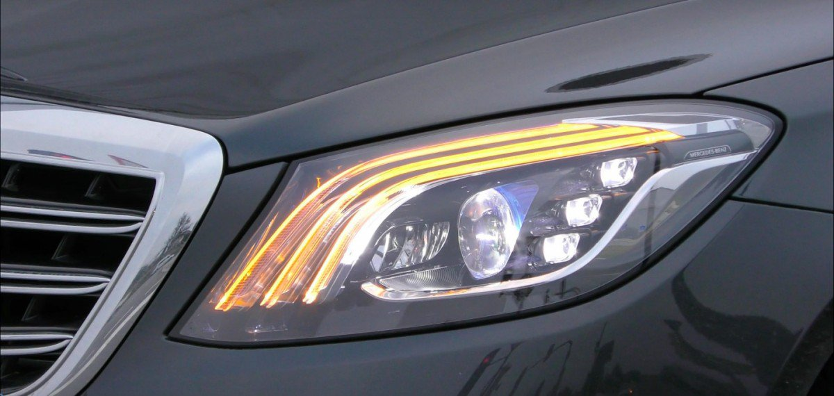 ... Facelifted 2017 Mercedes-Benz S-Class Shows Off New Headlights in Spy Video ... & Facelifted 2017 Mercedes-Benz S-Class Shows Off New Headlights in ... azcodes.com