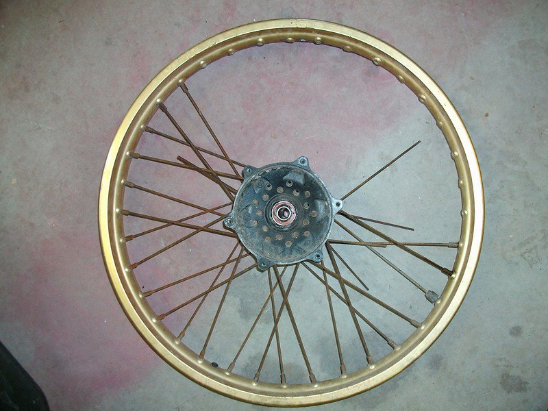 Cast Wheels Vs. Spoked Wheels. Which are the best