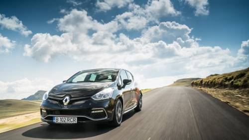 2016 Renault Clio RS Trophy Test Drive: Small Cup of Pureness
