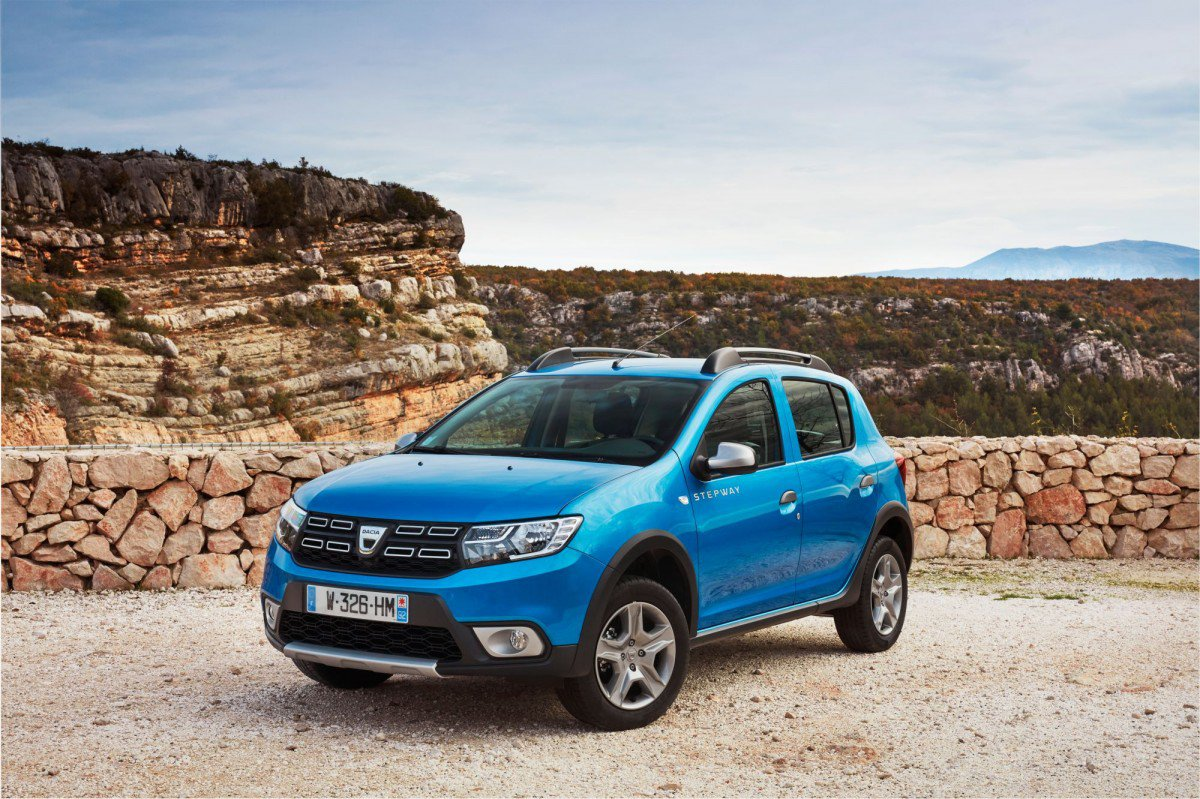 2017 dacia sandero stepway 0 9 tce facelift test drive normal become. Black Bedroom Furniture Sets. Home Design Ideas