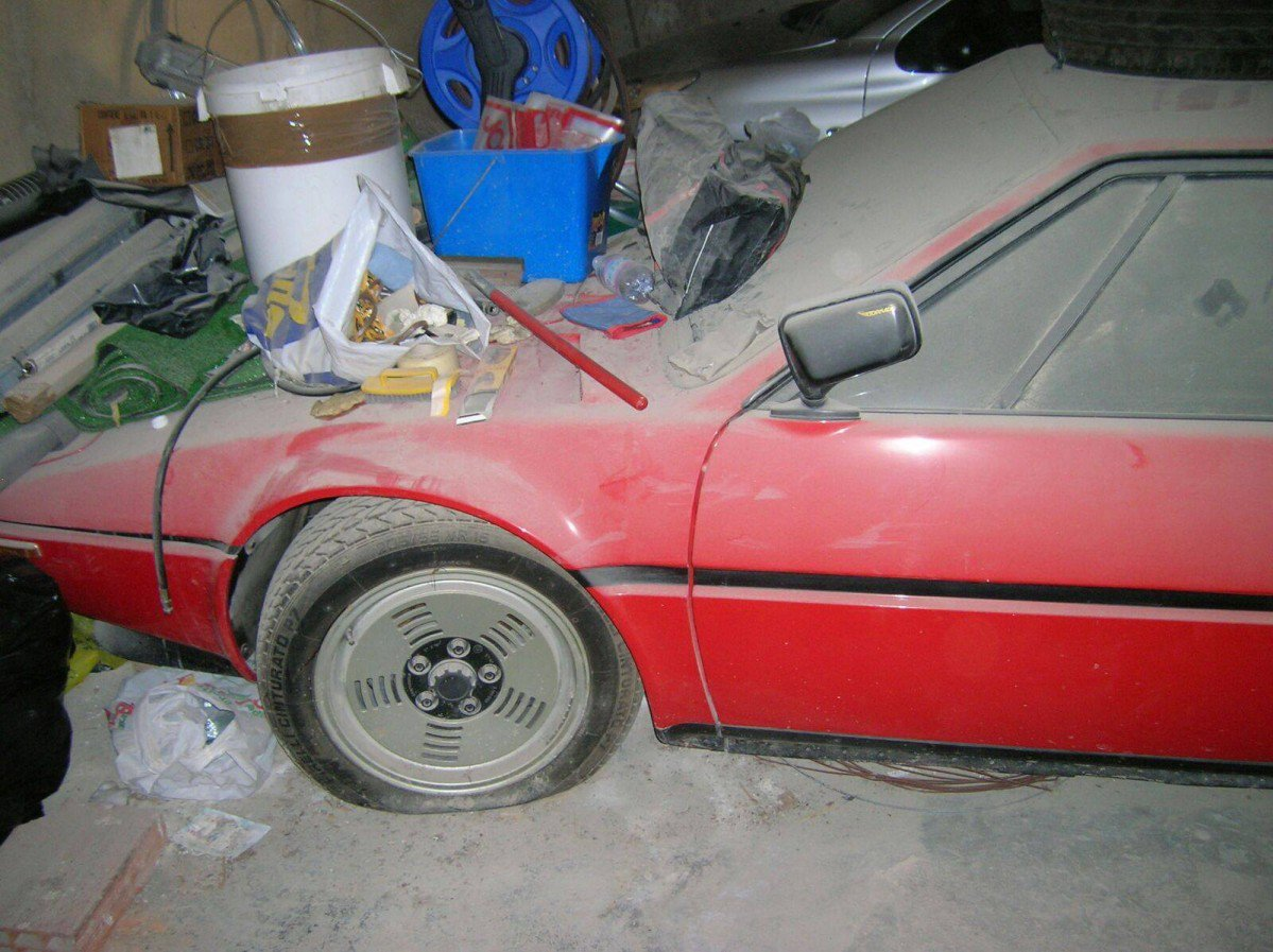 Mint Condition BMW M1 Barn Find Will Make Your Day