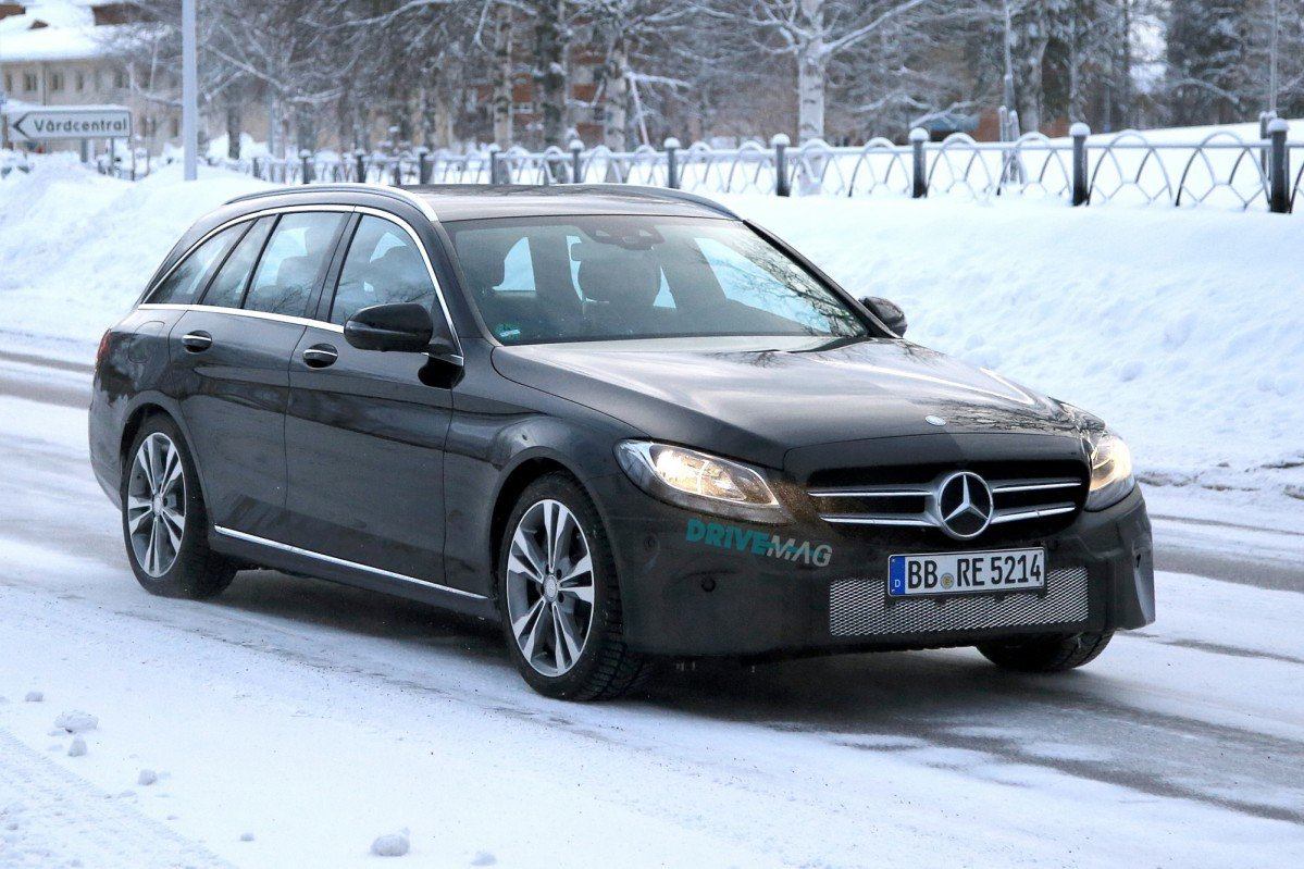 2018 mercedes c class estate facelift hides new touchpad and steering. Black Bedroom Furniture Sets. Home Design Ideas