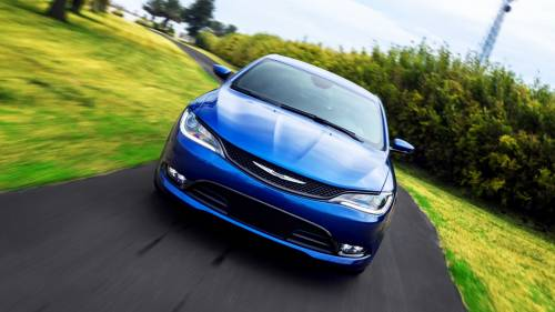 Chrysler 200 (2015-2017): Review, Problems, Specs