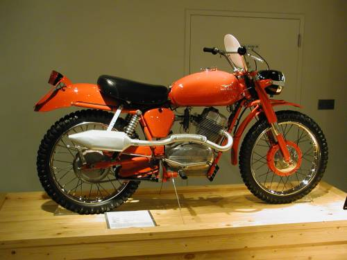 Scramblers - Timeless Machines That Rock The Dirt And Asphalt