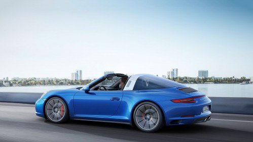 2017 Porsche 911 Gets 30 HP Bump,  Extra Colors Available in the Range