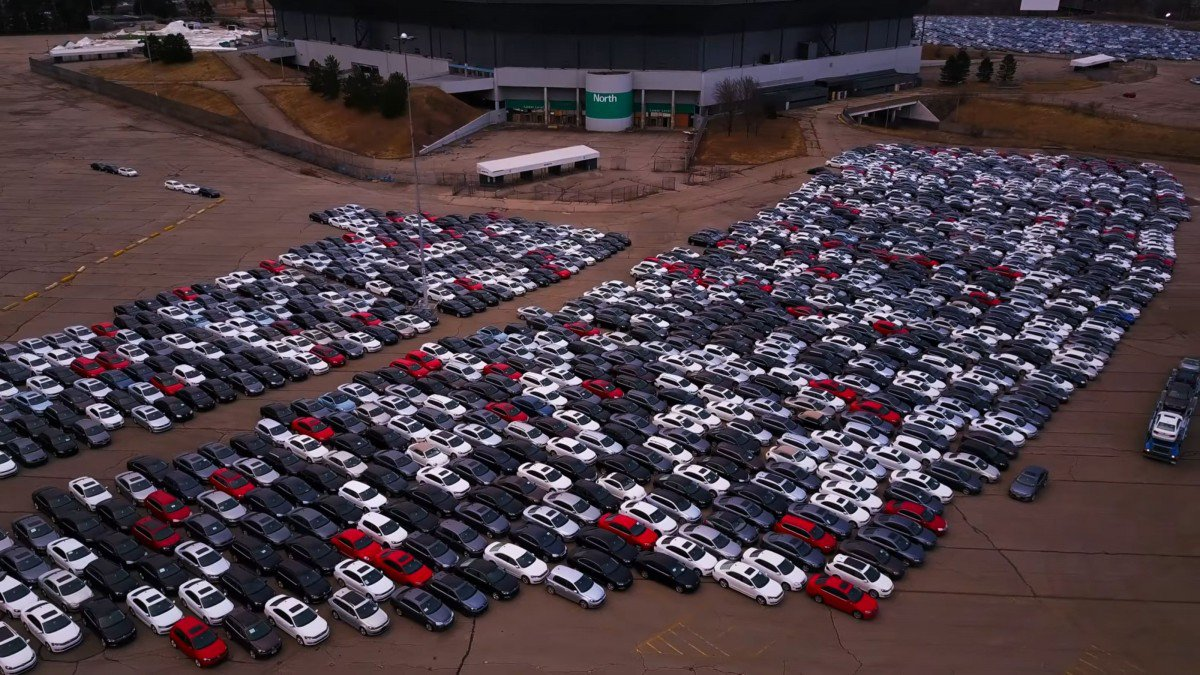 Check Out These Parking Lots Full Of Diesel Volkswagen