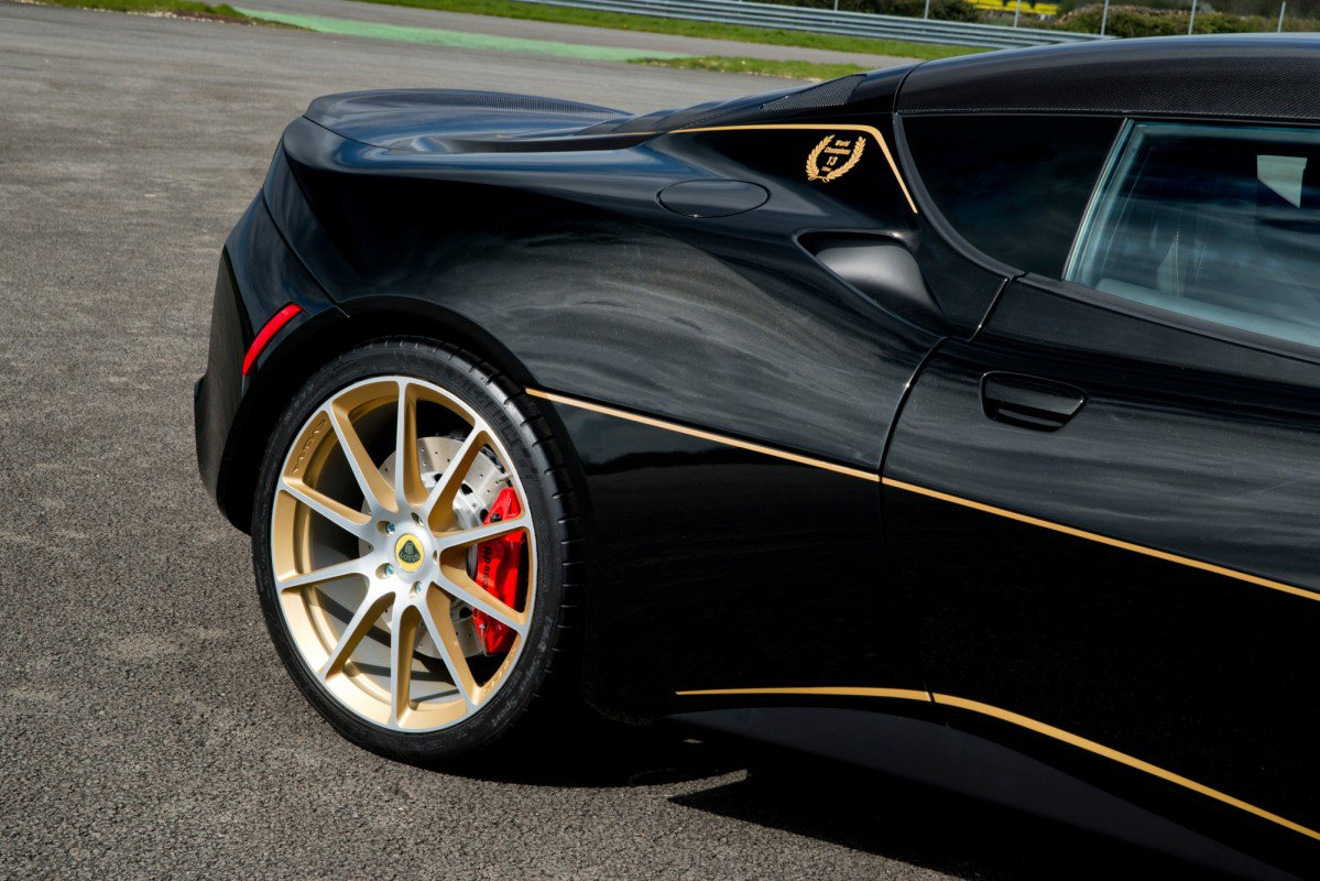 Lotus Marks 2017 Evora Sport 410 S Us Sales Debut With Jps