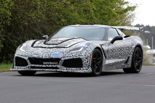 2018 Chevrolet Corvette ZR1 faces the elements on the Nürburgring