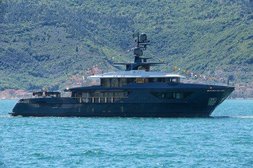 Third Sanlorenzo 460EXP hull launched