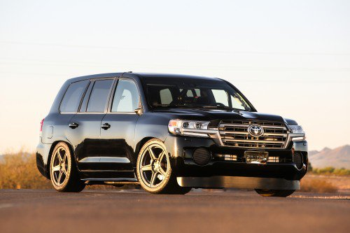 Watch Toyota's bonkers 2,000-hp Land Speed Cruiser as it hits 230 mph
