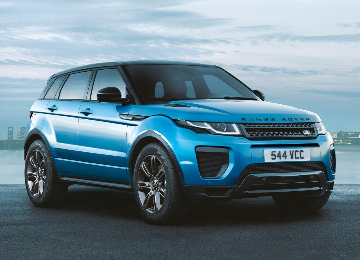 land rover rewards 2018 range rover evoque with landmark. Black Bedroom Furniture Sets. Home Design Ideas