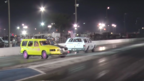 Demolition Derby drag racing is as stupid as it sounds