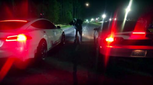 Tesla P100D enters a no-prep drag race event, causes quite a stir