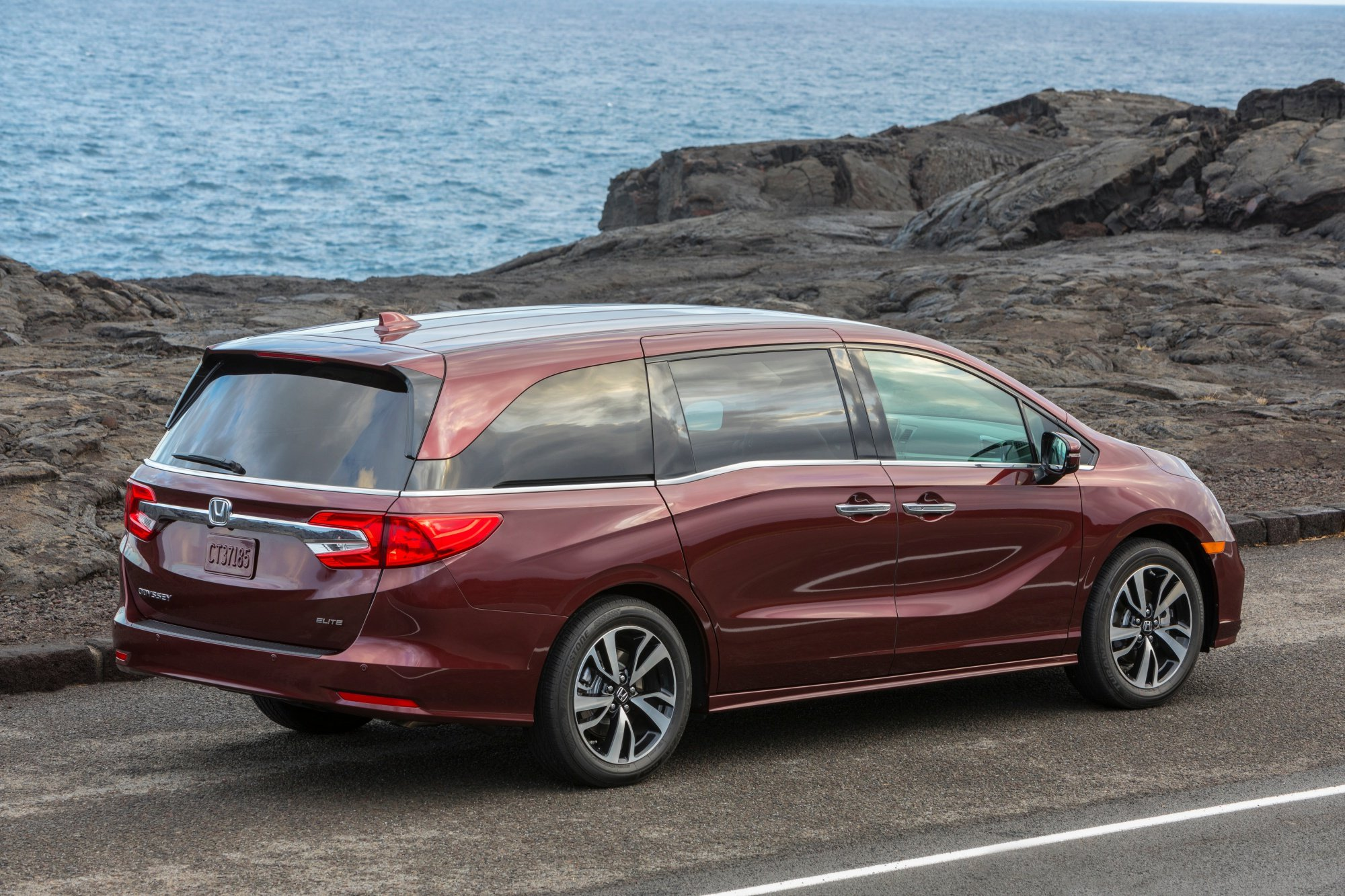 drive designed long trips epic for minivan haul connected reports the consumer vs review comfort minivans odyssey price road first is honda