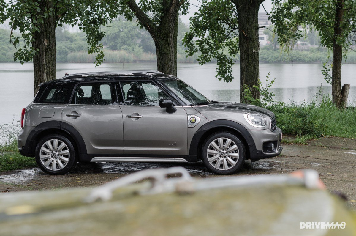 2017 Mini Cooper S E Countryman All4 Test Drive High Riding City Hipster Goes Half