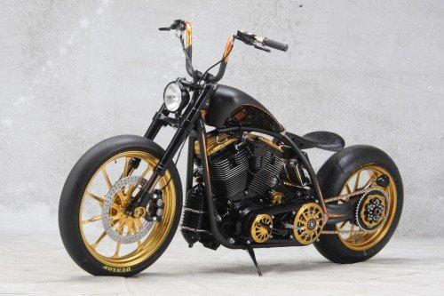 Roland Sands design/RSD Black Beauty test: super chopper