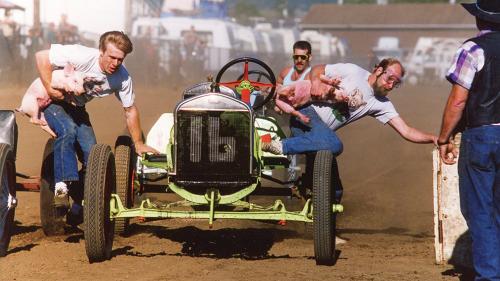 Wacky Races: Tillamook's Pig-N-Ford is where pigs fly