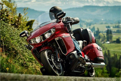 Yamaha Star Venture. Better than Harley-Davidson?
