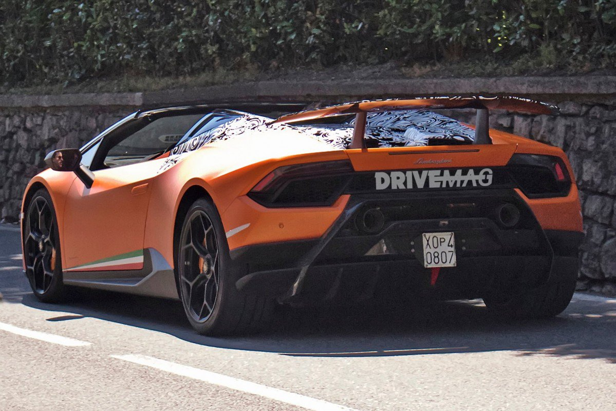 2018 huracan performante spyder on its way to becoming lamborghini 39 s. Black Bedroom Furniture Sets. Home Design Ideas