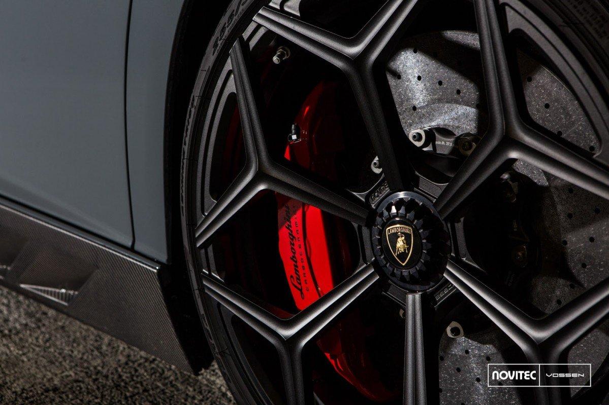Lamborghini Aventador SV Novitec Torado is a supercar gargoyle on lamborghini motorcycle, lamborghini lm002, lamborghini mercy, lamborghini countach, lamborghini gallardo sv, lamborghini miura, lamborghini huracan, lamborghini superveloce, lamborghini estoque, lamborghini reventon, lamborghini truck, lamborghini lp560, lamborghini egoista, lamborghini veneno, lamborghini diablo, lamborghini ankonian, lamborghini murcielago, lamborghini embolado, lamborghini sesto elemento,