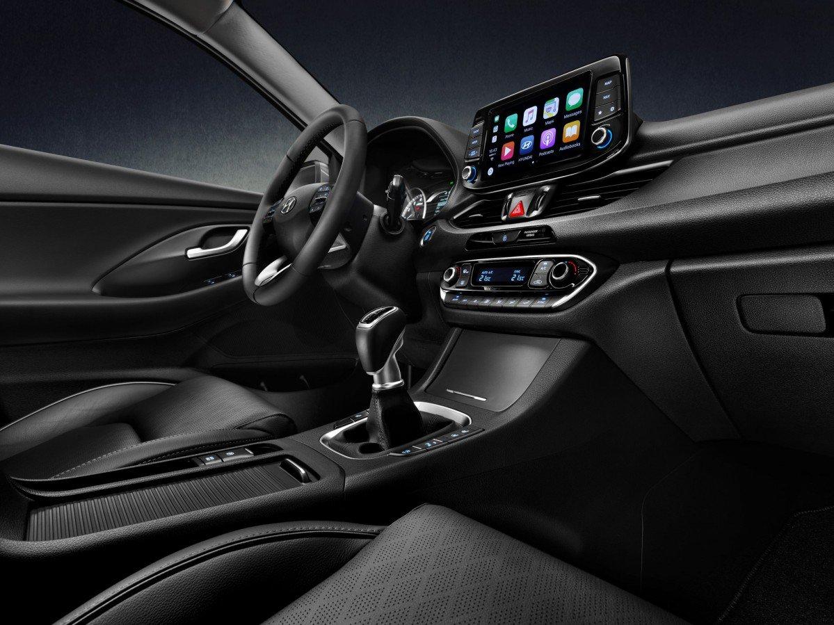 2018 hyundai fastback. perfect hyundai 2018 hyundai i30 fastback adds new body style to the automakeru0027s  compact family in hyundai fastback v